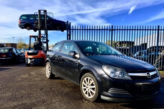 Auto Garage Almere : Auto onderdelen kopen van der feer almere van der feer